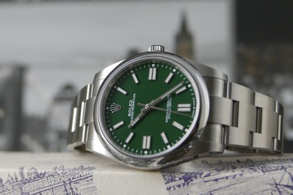 Modern Rolex New Oyster Perpetual 124300 Green Dial, NEW model for 2020