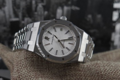 Modern Audemars Piguet Royal Oak 15300ST-39mm White dial-Full Set