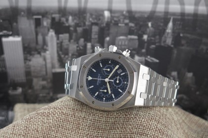 Modern Audemars Piguet Blue Dial Royal Oak Chrono 25860ST