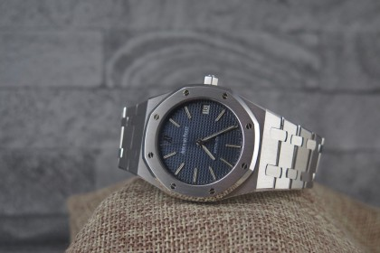 Vintage Audemars Piguet Royal Oak 14790ST 37mm Blue Dial-Stunning