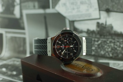 Modern Hublot Big Bang 301.SB.131.RX
