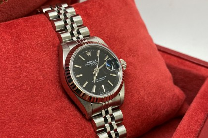 Modern Rolex 69174 Lady Date, Black dial with Jubilee & fluted Bezel