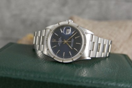 Vintage Rolex 15210 Oyster Date-Blue Dial-Box and papers