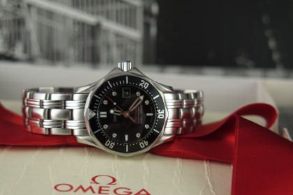 Modern Omega Ladies Seamaster Professional 21230286151001 Quartz Diamond Dial