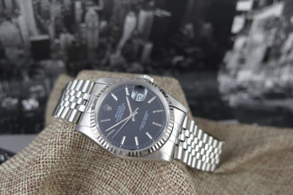 Vintage Rolex 16234 Datejust-Black Dial in as new condition