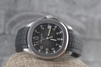 Modern Patek Philippe Aquanaut 5167A-001, 2016 Full set with patek Warranty
