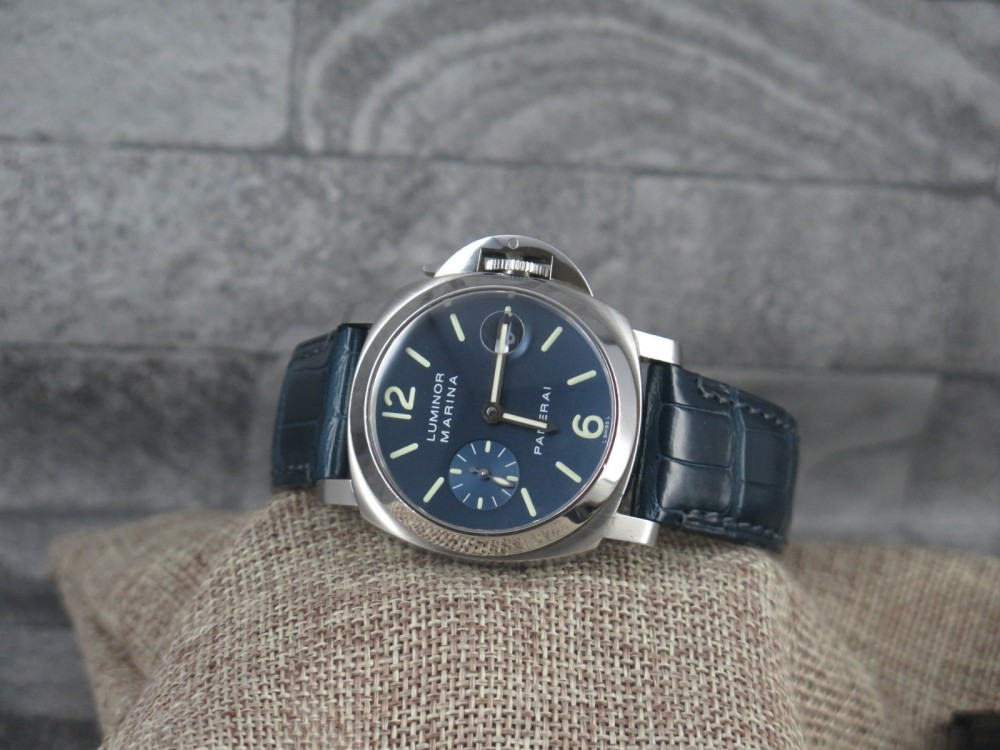online retailer 4315f 61be5 Panerai 40mm PAM 00119 with stunning Blue Dial - FULL SET ...