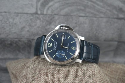 Modern Panerai 40mm PAM 00119 with stunning Blue Dial - FULL SET