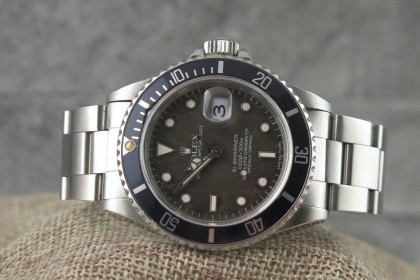 Modern Rolex 16610 Submariner Date -TROPICAL DIAL - Mint - T Serial