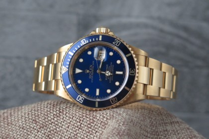 Modern Rolex Yellow Gold Submariner Date 16618 - 2004 Full Set